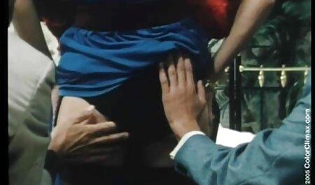 Bombast Latina toma free porno español enormes bolas de polla profundamente después de chupar